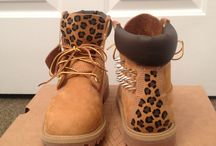 Cheetah & Leopard / by Sydney Menzies