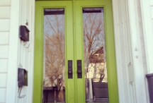Front door/porch / by Leah Hollifield