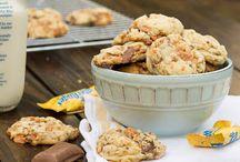 Cookies / by Daria Bocciarelli