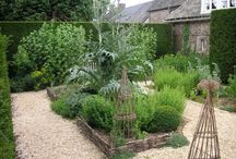 Garden Inspiration / by Brooke Giannetti