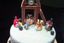 Birdelicious Cake / We love cake! Chirrrp! / by Angry Birds Rovio