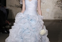 Short Bridal Dress / by Alice Elly
