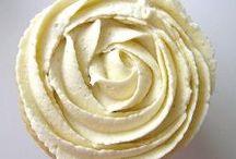 Vanilla Cupcakes Recipes / by Andrea Bennett