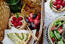 Food-Picnics / by Asa Pahl