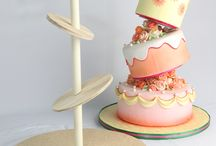 CAKE DECORATION tutorial / by Fatima Lieb