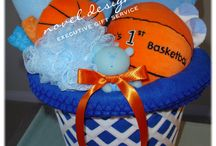 Gift Basket Ideas for Fundraisers / by Fundraising ideas and more