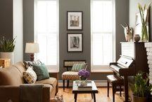 Living Room / by Lindsay Robertson