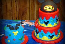 Birthday Party Ideas / by Lynn Desroche