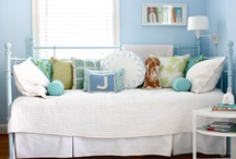 Guest room / by Sew Frizzell