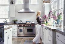 I dream of kitchens / by Meg Sexton