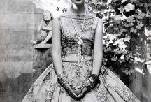 Vintage Fashion / Mainly 50's / by Araceli Orozco