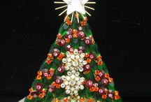 Vintage Christmas brooch pins! / by LouAnn Bunch