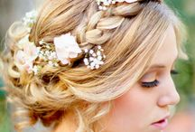 Wedding hairstyles / by Cassie Bick