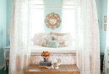 Guest Room Ideas / by Lisa Spiegel