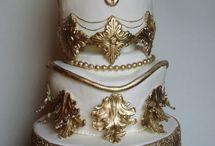 I <3 Weddings / by Kitty Revolution