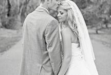 Photo Ideas: WEDDING/VOW RENEWALS / by Tünde Clark