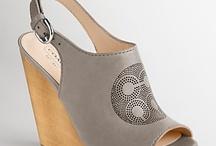 Shoe Swag / by Chrissy Zampino