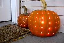 Fall/Halloween Ideas / by Amanda Reber