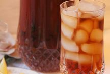 Drinks / by Kara Rehak