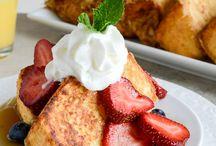 Food/ Breakfast / by Docia Powell