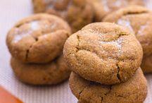 Food - Cookies / by Kimberly Howard