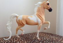 Model Horses / by Elysa West