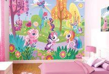 Kiddies room / by Crystal Hurtado