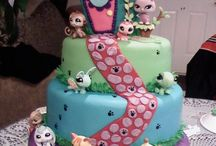 Novelty Cakes / Cakes / by Tracey McCallum