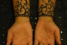 Tattoo and Henna / by Rebekah Tucker