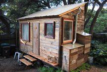 tiny houses, eek!! / by Sharon Bush