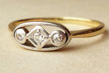 Jewellry / by Sara Wiens