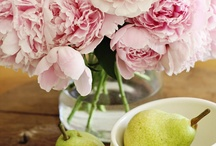 Lovely Food and Flowers / by Neah Alexandra