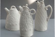 Ceramic Teapots / by Tanya Bechara
