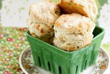 Biscuits and Breads / by Anna Hooten