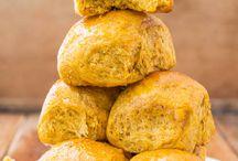 Yummy Breads / by Candace Vladimirovs
