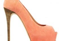 Happy Feet / Shoes, heels / by Tiba Farahani