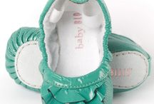 KIDS SHOES / by Lis Karlsson