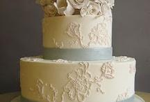 Tiara Wedding Cake Love / by RasaTiaraLove