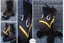 crochet animaux  / by Petitrésors