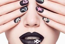 nails / by Carla Canimo