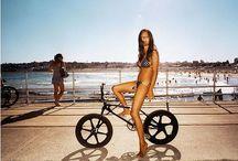 Bike Lifestyle / Uma coleção de fotos com lindas mulheres de bicicleta / by Mxparts Peças E Acessórios