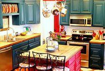 Kitchen dreamin' / by Tara Curtis