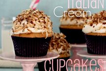 For the love of Cupcakes / by Julie Cavazos