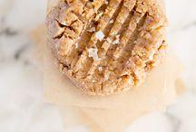 Raw Foods / by Danielle Mercier Basile