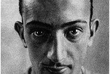 Salvador Dalí II / by Vallejal