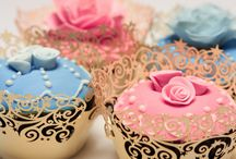 Let them Eat Cake / fun and fancy cakes and cupcakes to have and to eat / by Giustina Reginato