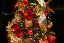 Christmas Tree Ideas / by Tracy Simon