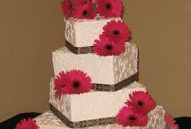 Wedding cake  / by Sophie Bélanger