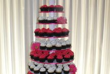 Wedding cupcakes that I love / by Nicole Manfre-Ramos