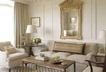 LIVING ROOMS & FAMILY ROOMS / by Julie Eckert